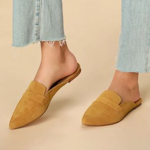 Women's Closed Toe Nubuck Flat Heel Pumps (4101674)