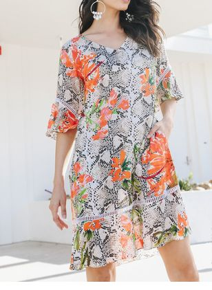 Casual Floral V-Neckline Above Knee Shift Dress (106704263)